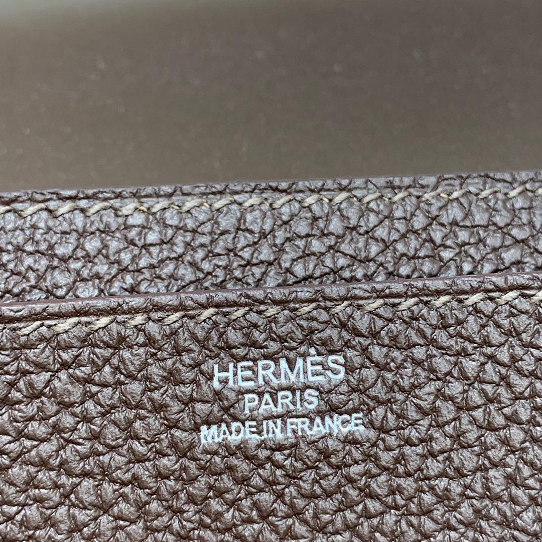 现货 爱马仕手包价格 Hermes Dogon护照本深啡色Togo皮 银扣