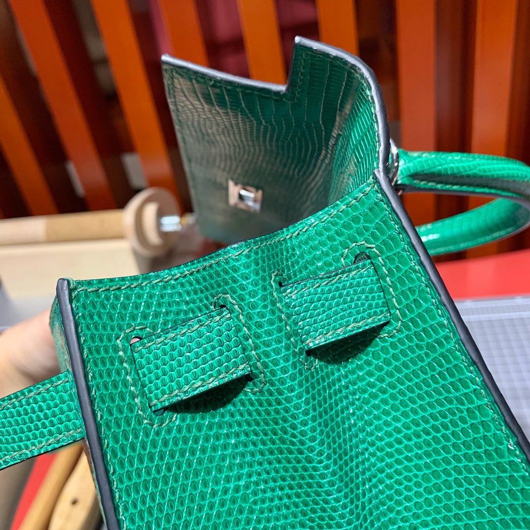 现货 Hermes Kelly28cm 爱马仕草绿色进口蜥蜴皮凯莉包 银扣
