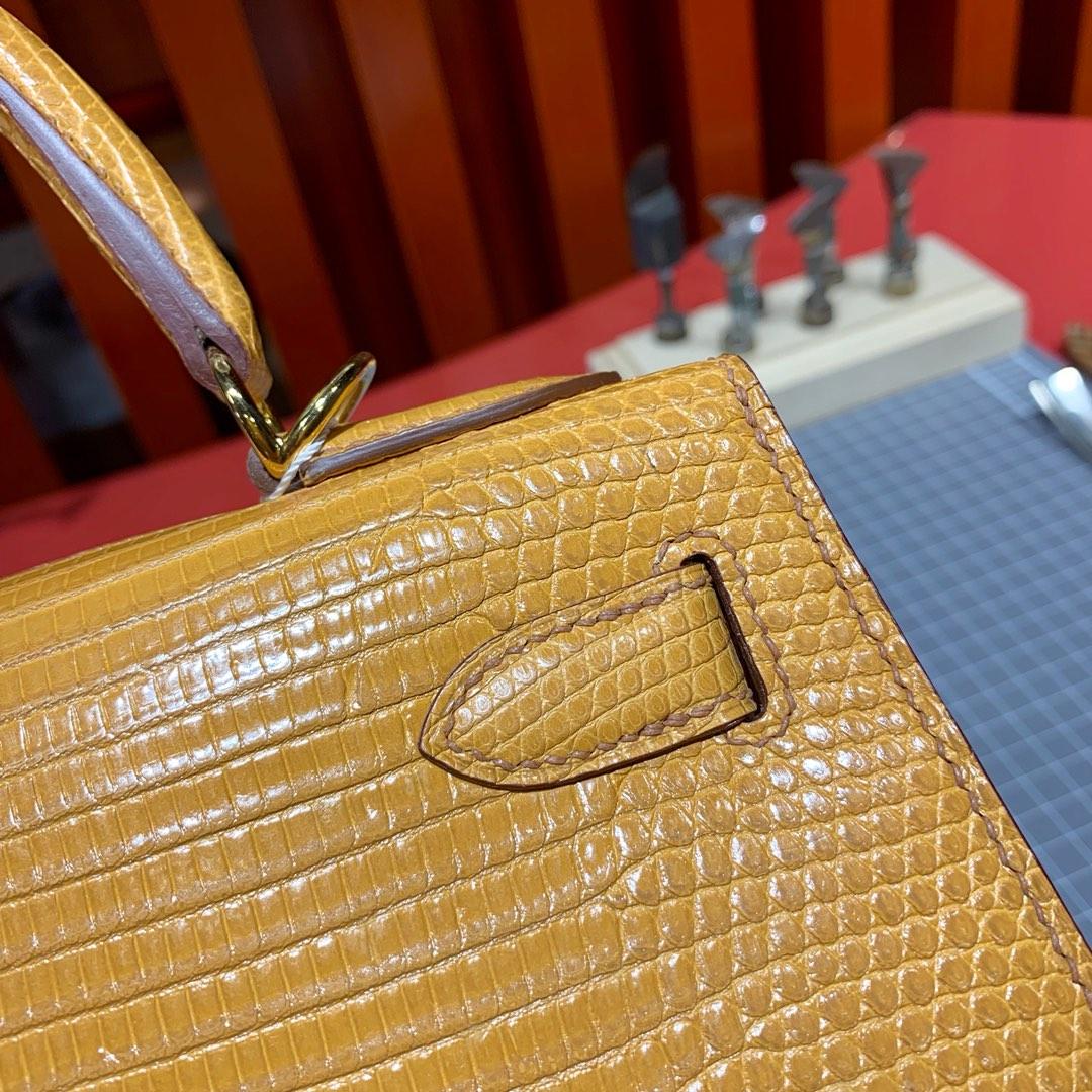 Hermes包包官网 爱马仕姜黄色顶级蜥蜴皮凯莉包Kelly28CM 金扣