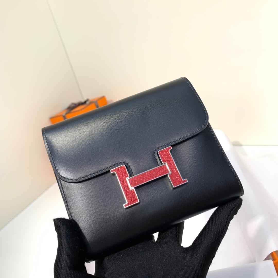 爱马仕拼色钱包 Hermes黑色Box牛皮H扣Constance钱包钱夹 大红蜥蜴扣