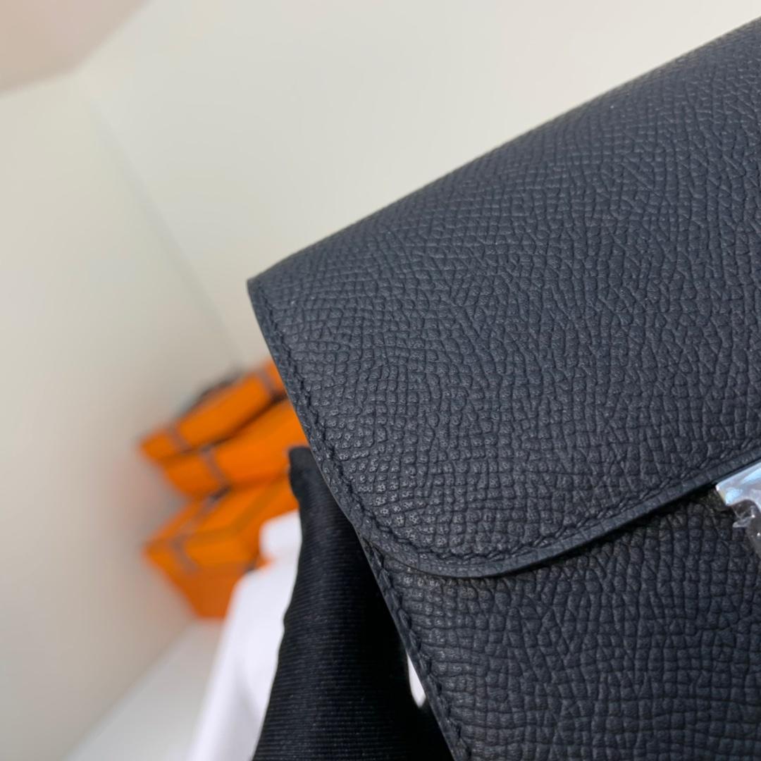 Hermes钱包批发 爱马仕原厂掌纹牛皮康斯坦短款钱夹H扣 黑色 银扣
