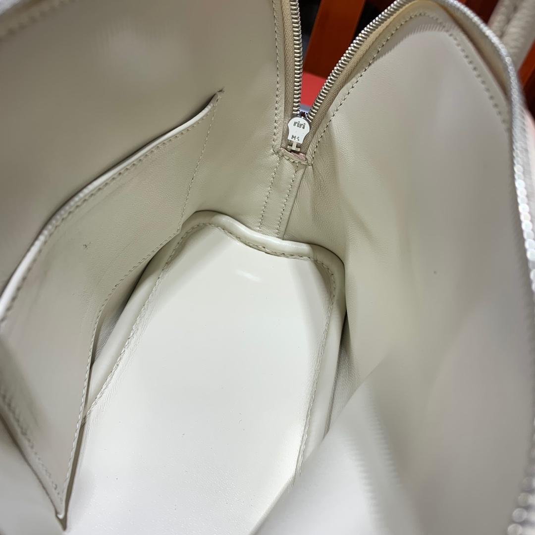 爱马仕保龄球包价格 Hermes进口山羊皮Mini Bolide18CM 奶昔白 银扣