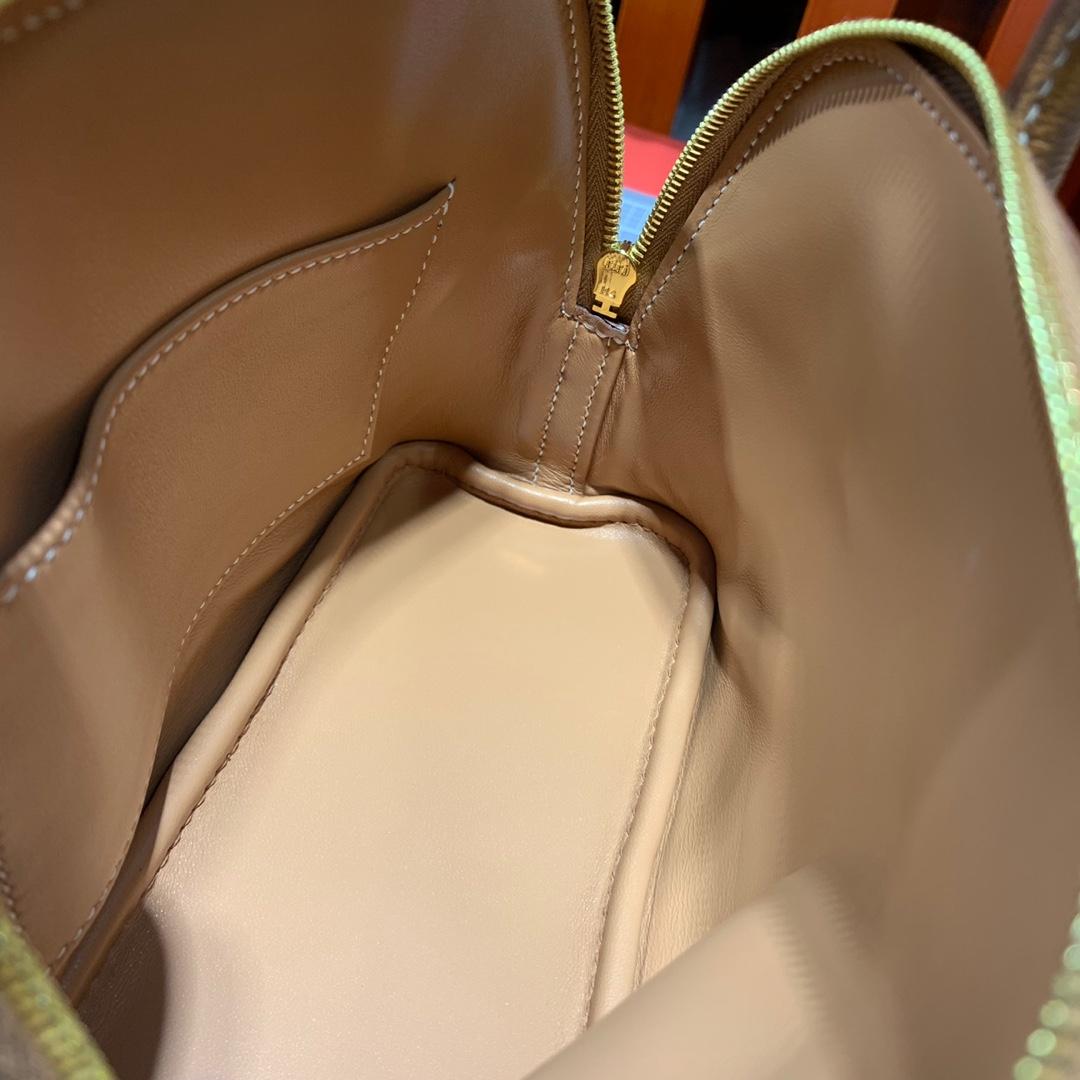 Hermes包包官网 爱马仕土黄色进口山羊皮Mini Bolide迷你保龄球包18CM 金扣