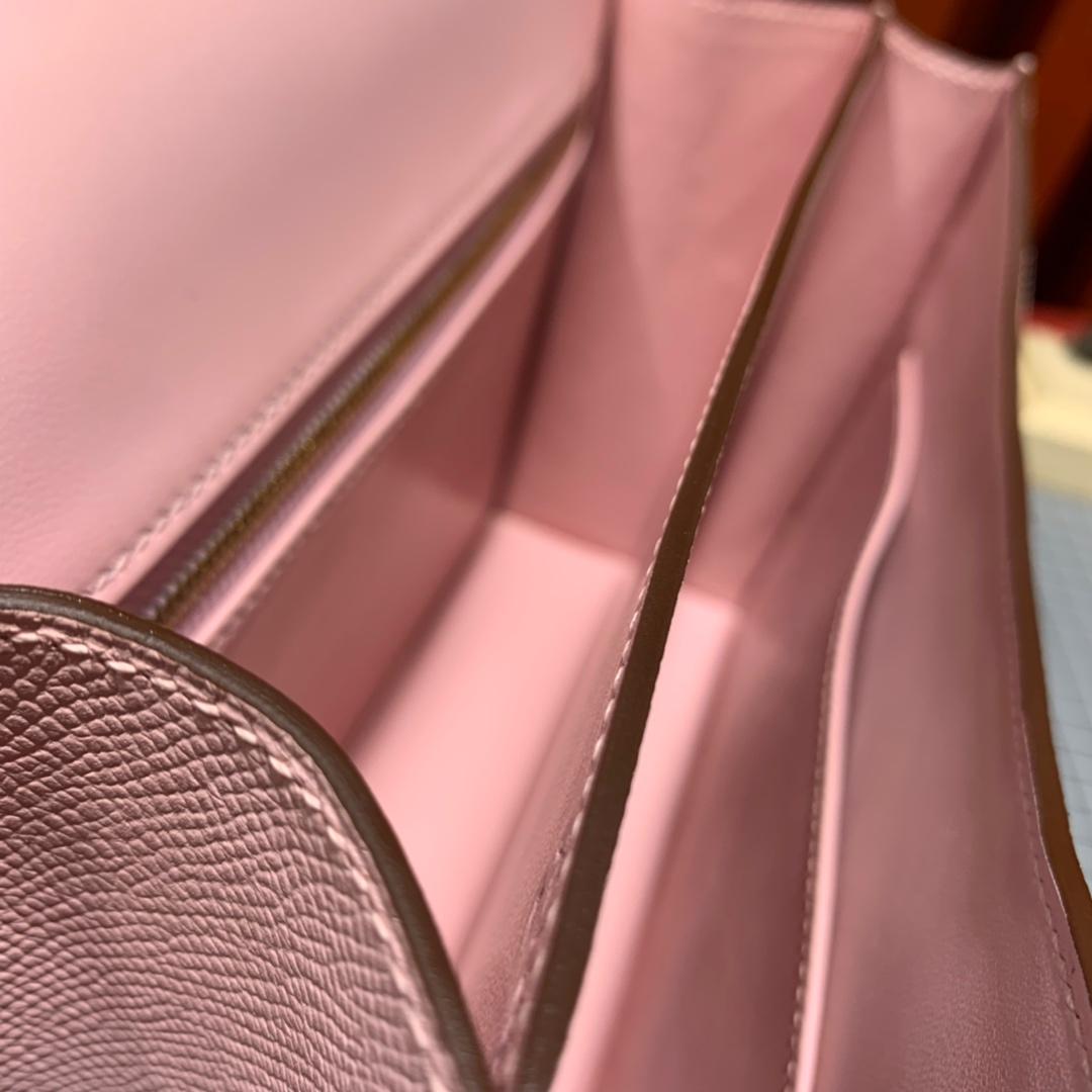 现货 爱马仕康斯坦包价格 Hermes Constance24CM 3Q粉色掌纹牛皮 金扣