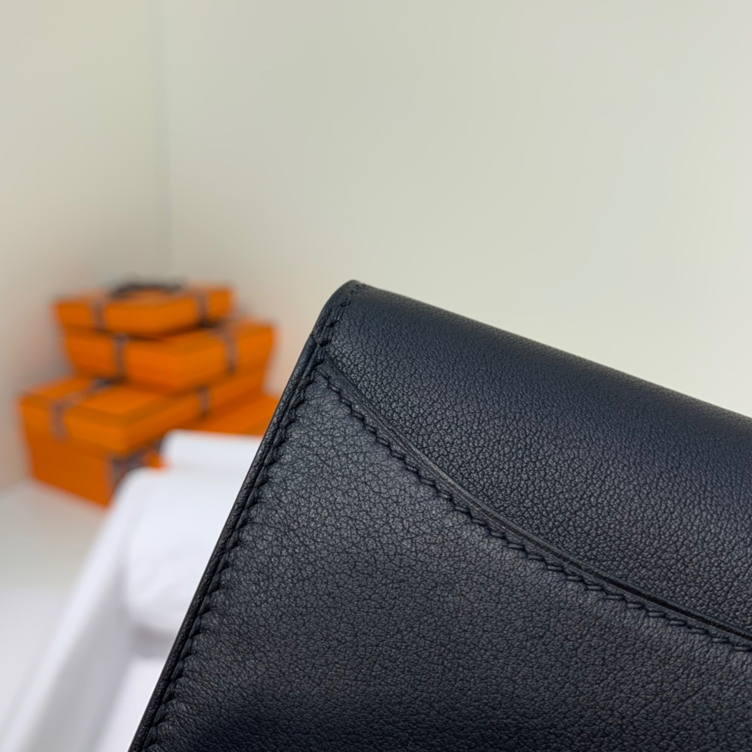 爱马仕经典款钱夹 Hermes黑色原厂Swift牛皮康斯坦钱包短款609 银扣
