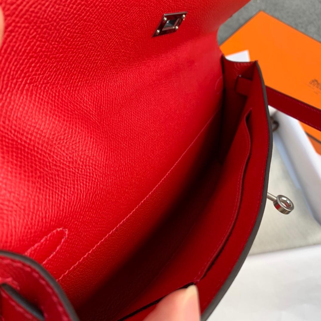 Hermes包包批发 爱马仕大红色进口Epsom皮Kelly Cut手包 银扣