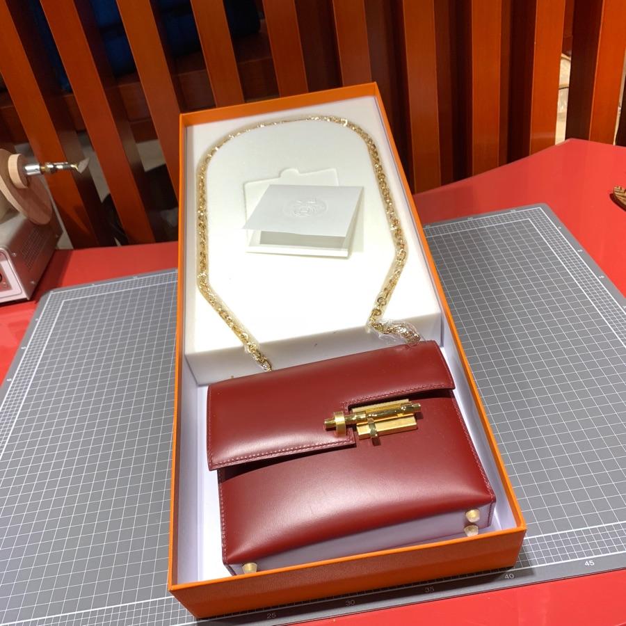 现货 Hermes Verrou17CM 爱马仕酒红色Box牛皮机关枪包 最新D刻金扣