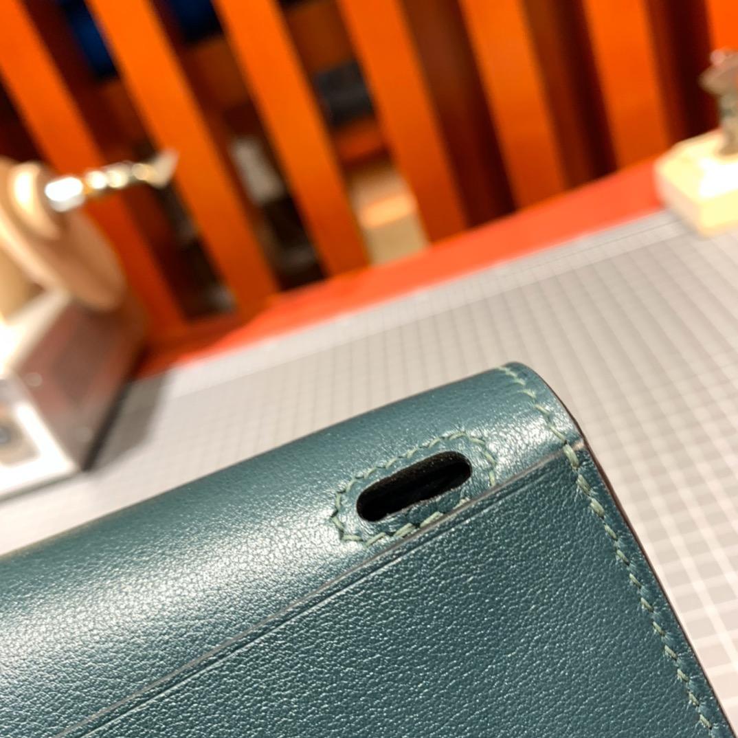 爱马仕新款女包 Hermes进口Swift牛皮mini Halzan包包 6O松柏绿 银扣