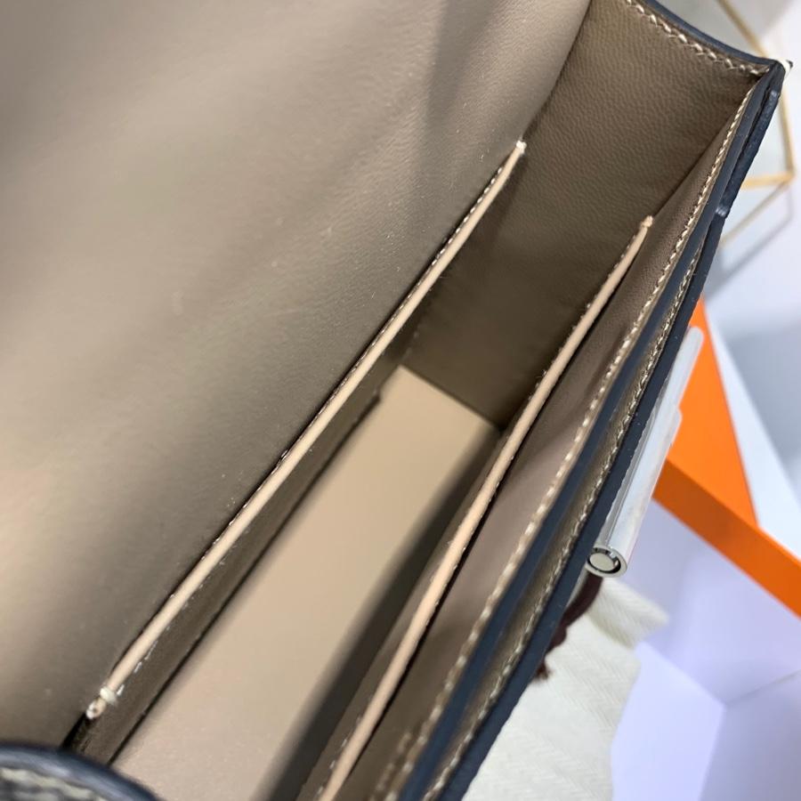 定制 爱马仕手枪包 Hermes Verrou19CM 原色顶级蜥蜴皮斜挎女包 银扣