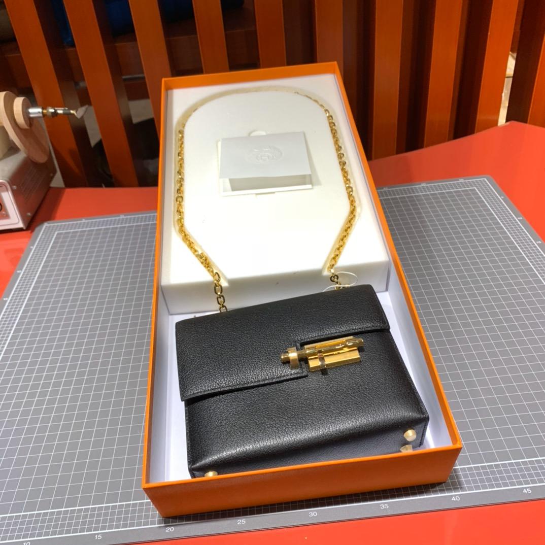 现货 爱马仕Verrou17CM Hermes黑色进口山羊皮手枪包 升级金扣