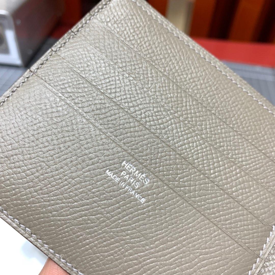 现货 爱马仕钱包批发 Hermes拼色掌纹牛皮男士短款对折钱包卡包