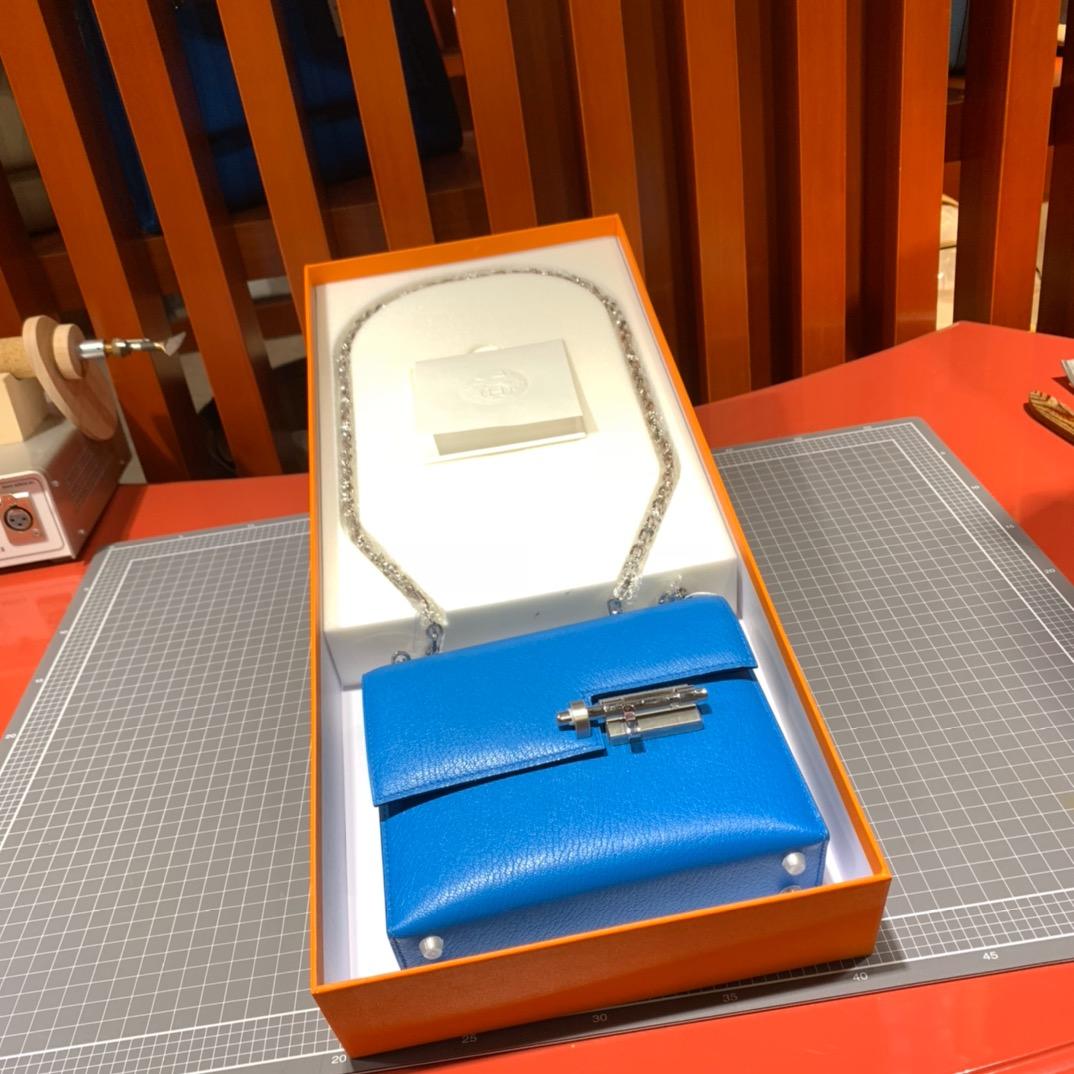 现货 Hermes Verrou17CM 爱马仕B3坦桑尼亚蓝山羊皮手枪包 银扣