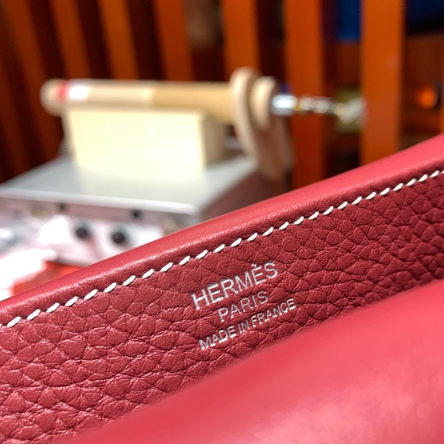现货 Hermes包包官网 爱马仕宝石红进口Tc皮马蹄包Halzan31CM