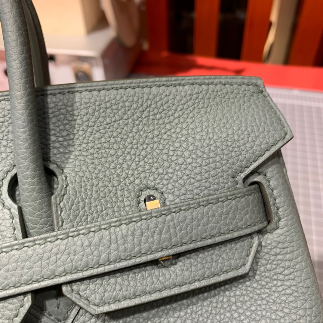现货 爱马仕铂金包 Hermes Birkin25cm 63杏绿色法国Togo皮 金扣