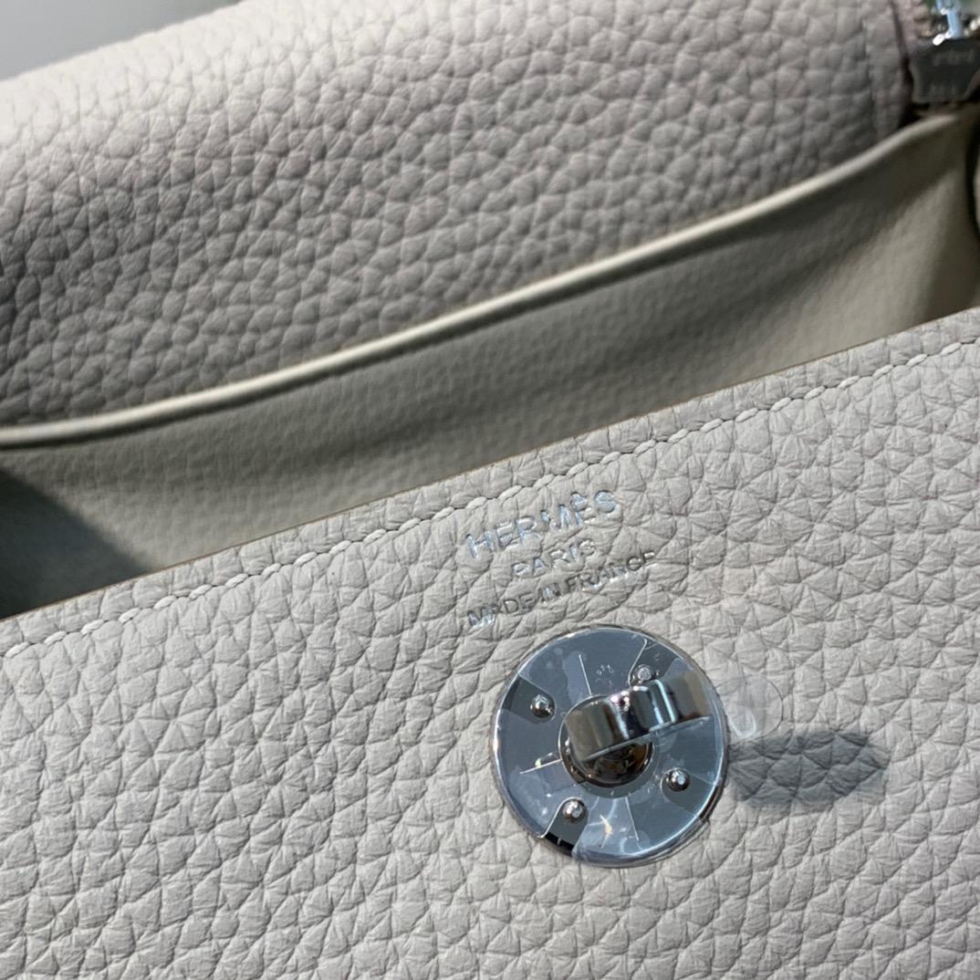 现货 爱马仕迷你琳迪包价格 Hermes Mini Lindy19cm 珍珠灰TC牛皮 银扣