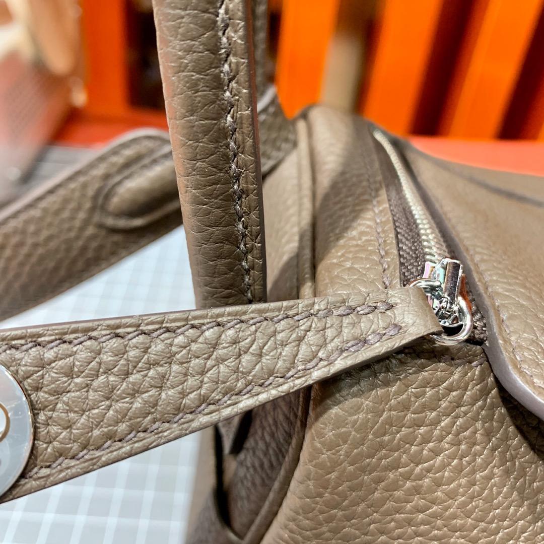 现货 爱马仕迷你琳迪包尺寸 Hermes Mini Lindy19cm 深啡色 银扣