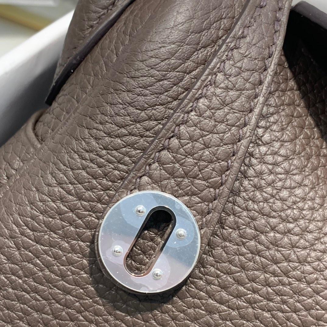 现货 Hermes Mini Lindy19cm 爱马仕46乌木色顶级TC牛皮迷你琳迪包 银扣